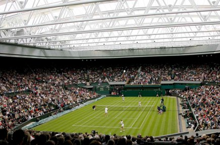 Wimbledon is back as tennis mania sweeps the UK